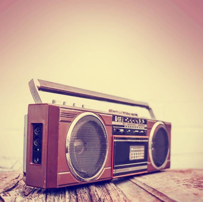 As melhores músicas dos anos 80 para aprender inglês