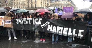 Sob chuva e neve, brasileiros e franceses marcham por Marielle Franco em Paris