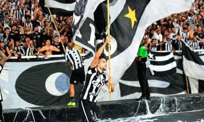 Botafogo aprende a decidir em casa, adota rolo compressor e varre rivais