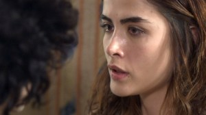 Rimena revela a Gustavo que ele é o pai do seu filho
