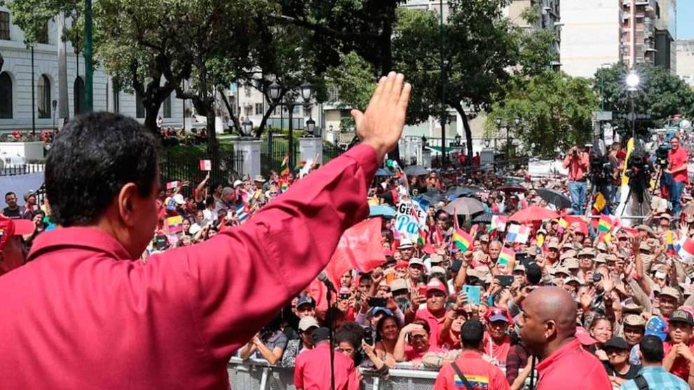 Maduro rebate Trump convocando exercício militar e acusando oposição