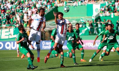 Flamengo vence a Chape e se firma na zona de classificação à Libertadores