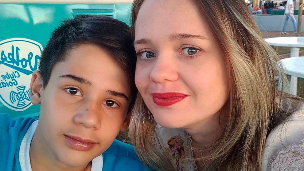 'Não julgue nosso filho e nossa família', pede mãe de vítima de atirador