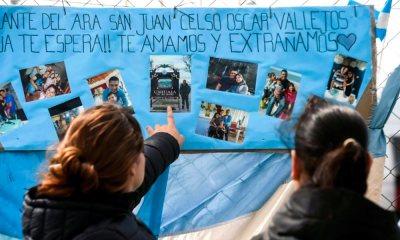 Apesar de buscas intensas, submarino argentino continua desaparecido