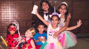 Shopping da capital promove bailinho de carnaval para a criançada