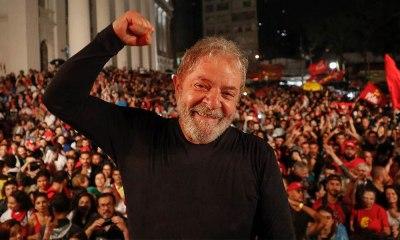 Lula acusa imprensa de ser 'conivente' com agressões ao PT durante caravana