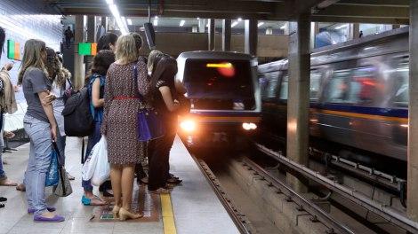 Metroviários do DF confirmam greve a partir desta segunda-feira
