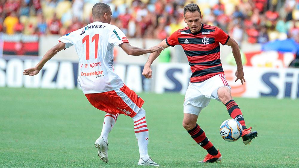Flamengo vira sobre o Bangu e estreia com vitória no Carioca. Foto: Alexandre Vidal / Flamengo