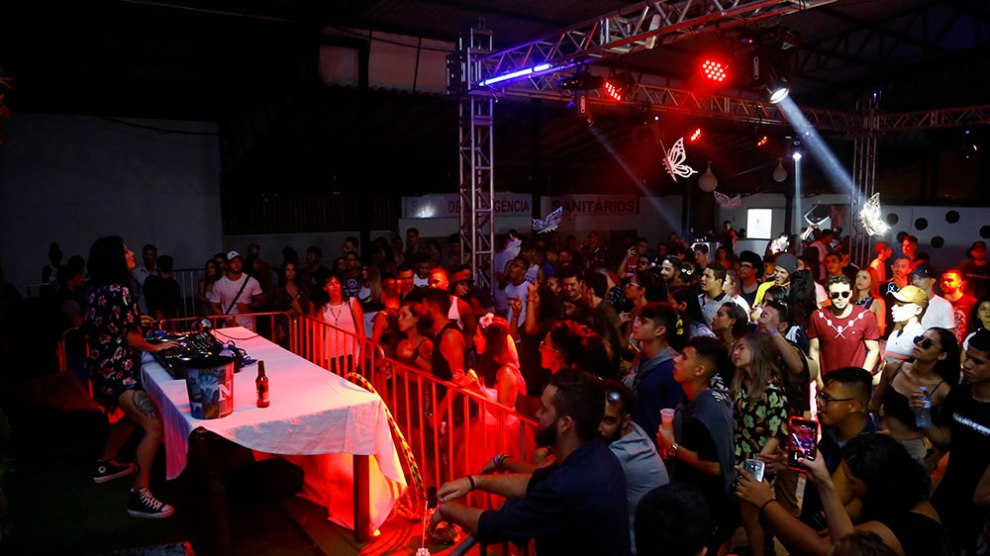 Action Magic Garden reuniu fãs de música eletrônica nesta sexta (8)