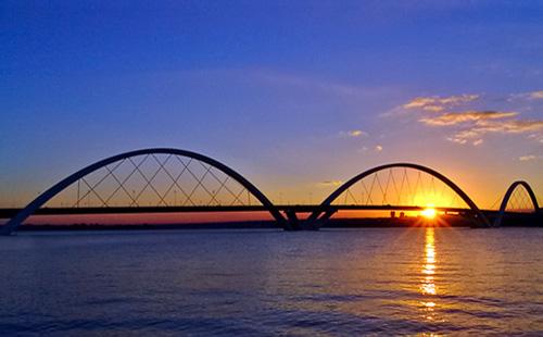 Por do Sol na Ponte JK