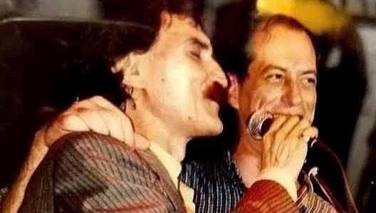 """No aniversário da morte de Belchior, Ciro homenageia amigo: """"De Sobral para o mundo"""""""