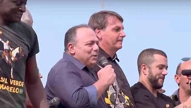 General da ativa, Pazuello vai à ato com Bolsonaro e abre nova crise militar