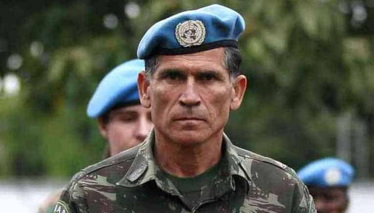 General Santos Cruz detona Bolsonaro e Pazuello: 'Irresponsável e perigoso'