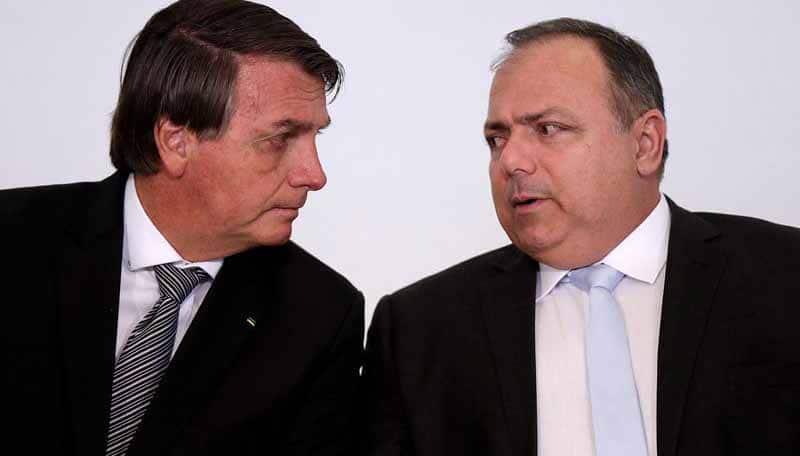 Bolsonaro amplia crise com militares e pede que Exército não puna Pazuello
