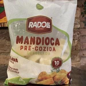 foto Mandioca pré-cozida Congelada 1kg
