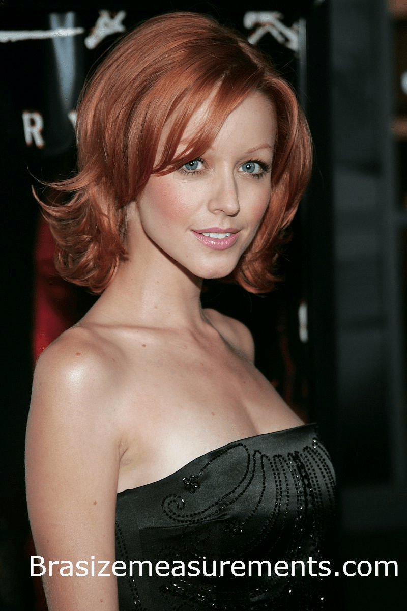 Lindy Booth Bra Size