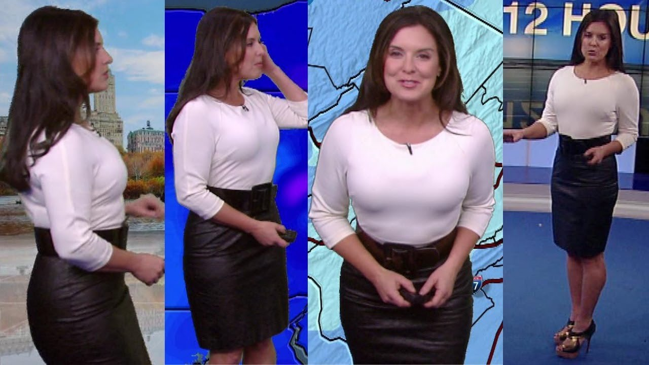 Amy Freeze Bra Size