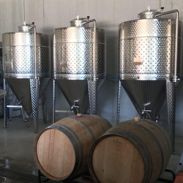 Barrique en bois de chêne, fût de vin blanc Sauternes, vieilissement hydromel au miel de tilleul, cuve de fermentation cylindroconique en inox - Brasserie du Vallon 2020