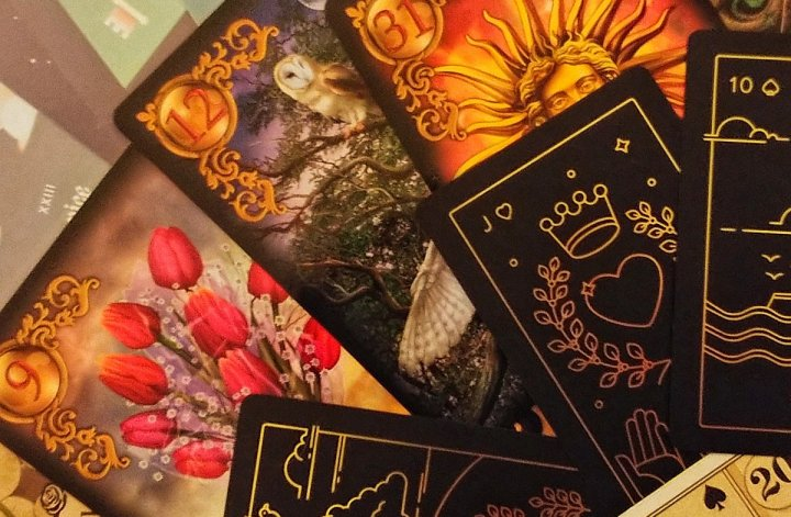 lenormand reading tarot free contest giveaway divination oracle