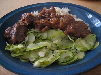 Carne de panela da Braun, com abobrinha refogada e arroz