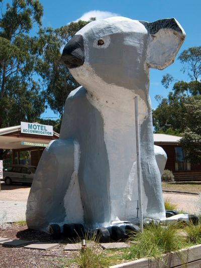 800px-Big_Koala_at_Cowes