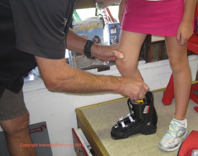 check ski boot shell size