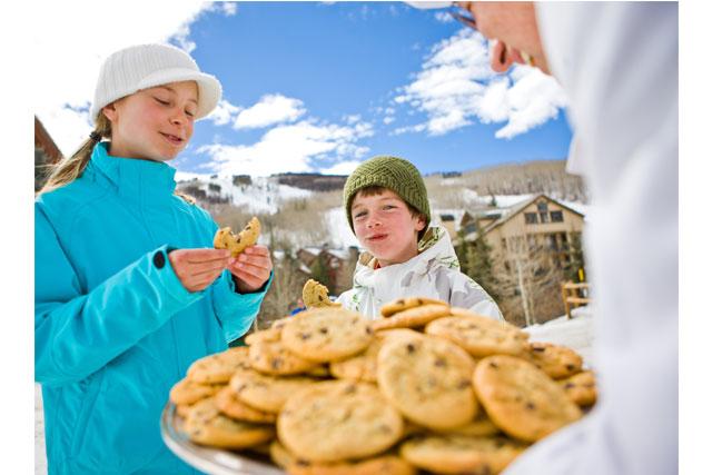 Après ski cookies are a family favorite at Beaver Creek. Photographer: Jack Affleck. Photo courtesy Beaver Creek Resort.