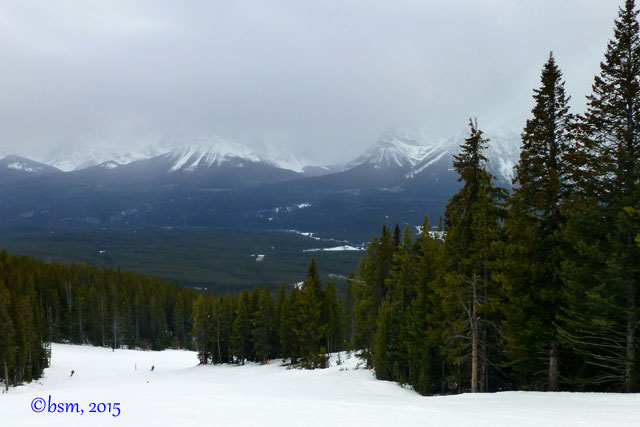 lake louise ski front side