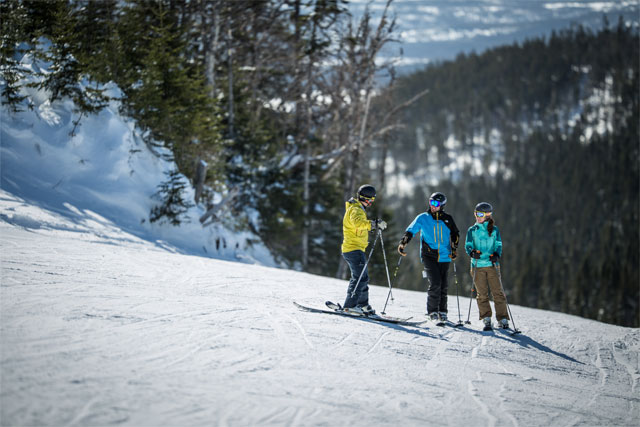 marble mountain skiers