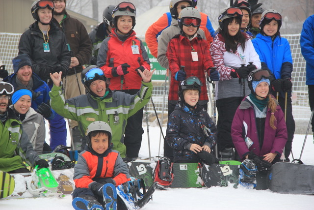 world's largest ski snowboard lesson