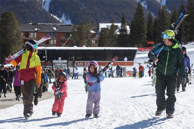 family ski vacation copper mountain