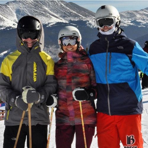 lummis family skiing at breckenridge