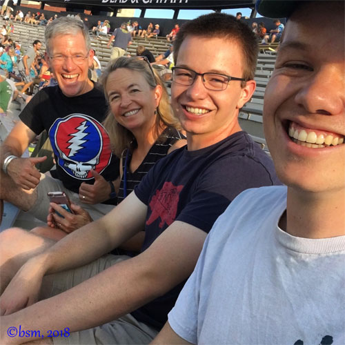 dead and co at folium field