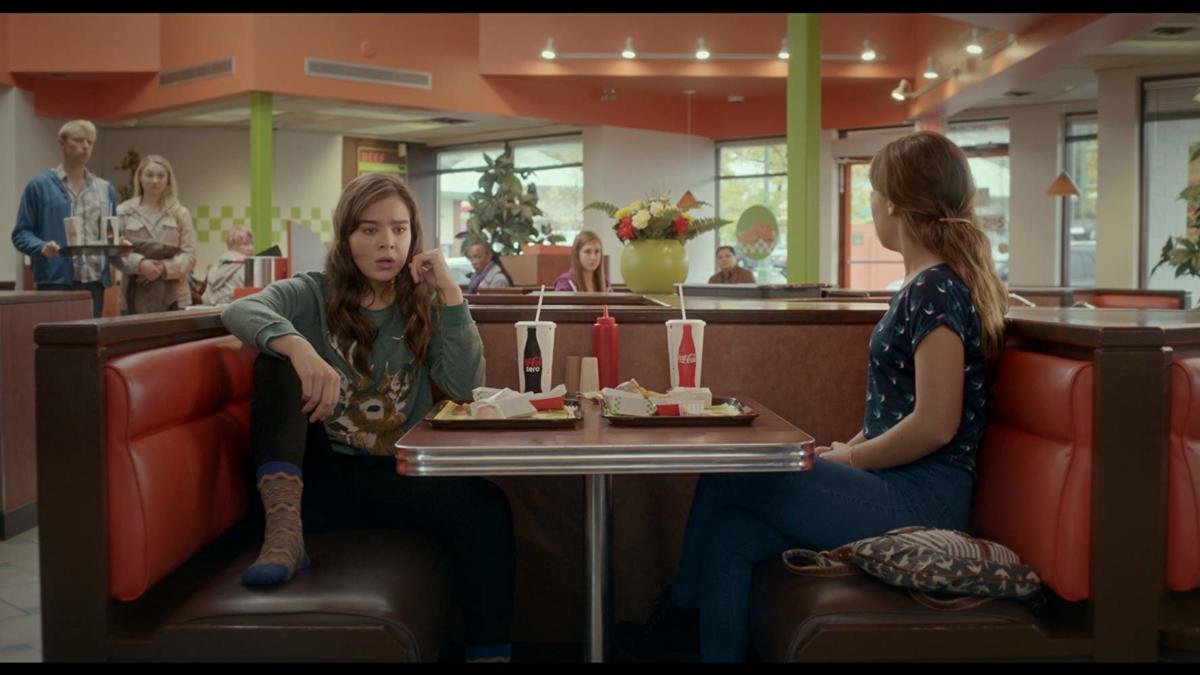 Film: Probleme la 17 ani/ The Edge of Seventeen