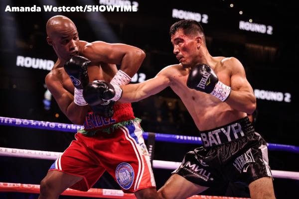 SHO-Davis-Barrios-PPV-Atlanta-Fight-Night-WESTCOTT-19