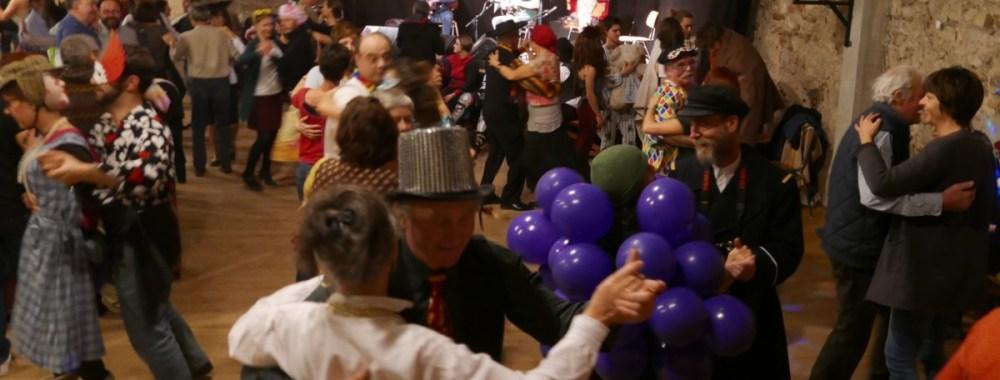 Tout le monde en danse pour le Mardi Gras !