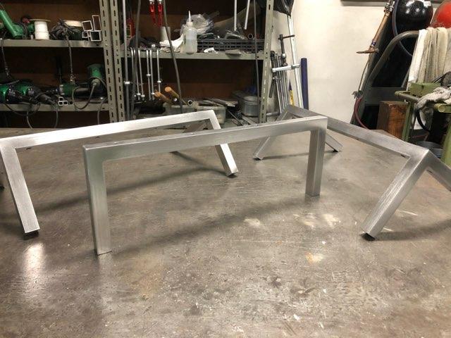 TVボード脚 製作