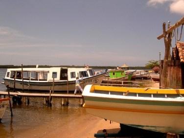 costa-da-lagoa-boats