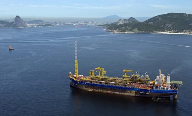 fpso-cidade-de-ilhabela-arrives-in-brazilian-waters-copyright-sbm-offshore-664x400