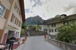 《中英對照讀新聞》Swiss village bans tourists from taking photos because it's 'too beautiful' 瑞士村莊禁止遊客拍照因為那裡「太漂亮了」
