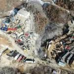 山東棲霞金礦爆炸事故 4號救生孔投送給養和物資