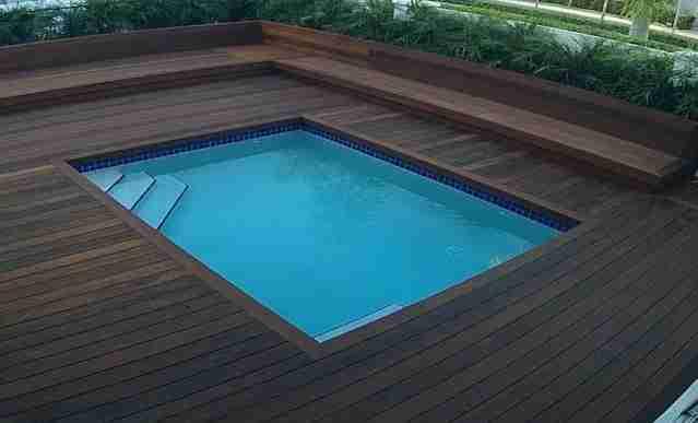 Ipe lumber deck