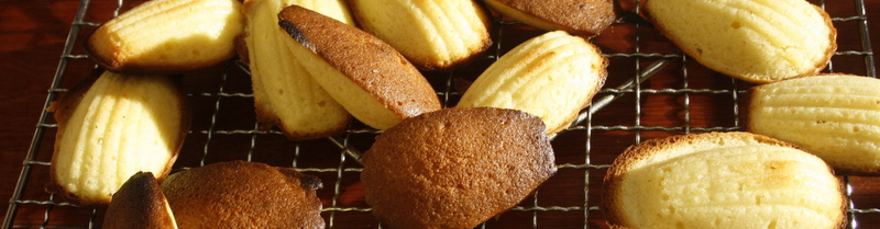 Madeleines cooling down