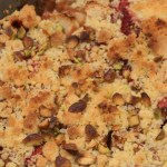 Pepper apple and strawberry crumble