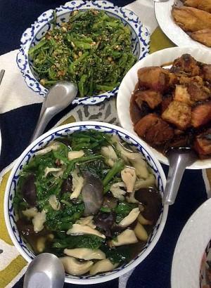 Soup, bok choy, pork, fish