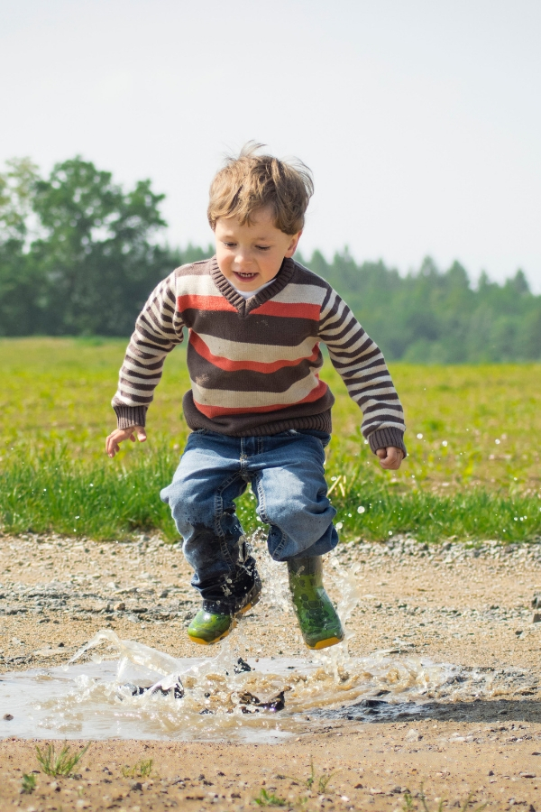 what to do outdoors with kids