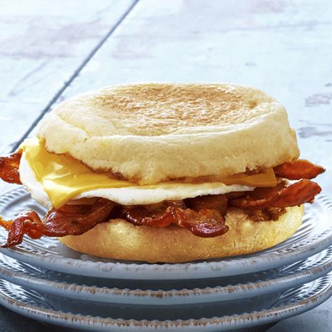 egg-baconmuffin-breakfast-time