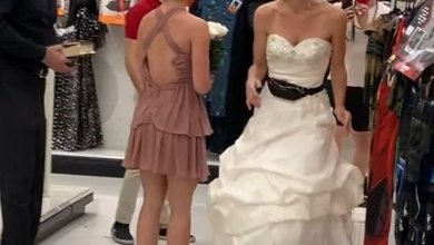 Photo of Woman Clad In Her Wedding Dress Storms Her Boyfriend's WorkPlace Demanding To Be Married Immediately