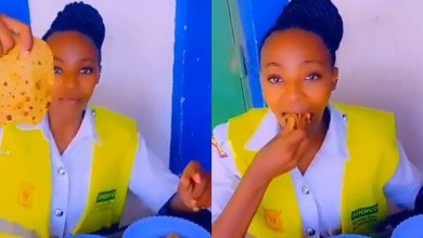 Photo of Mombasa policewoman hilariously protest size of a chapati in a kibanda – VIDEO