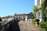 Le village de Saint-Jean de Côle en Dordogne dans le Périgord Vert